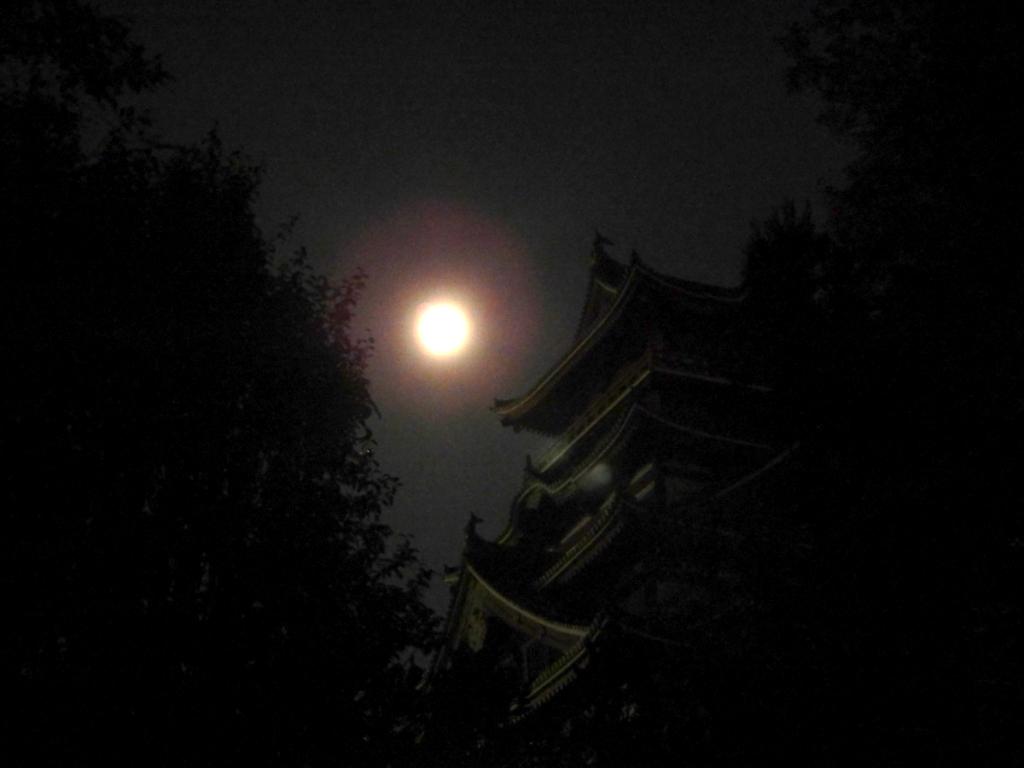 伏見桃山城と中秋の名月
