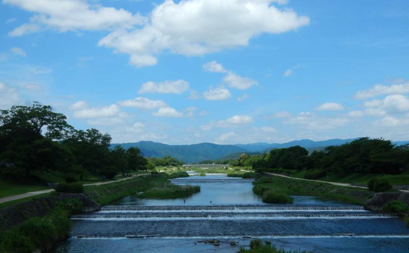 葵橋から賀茂川を望む