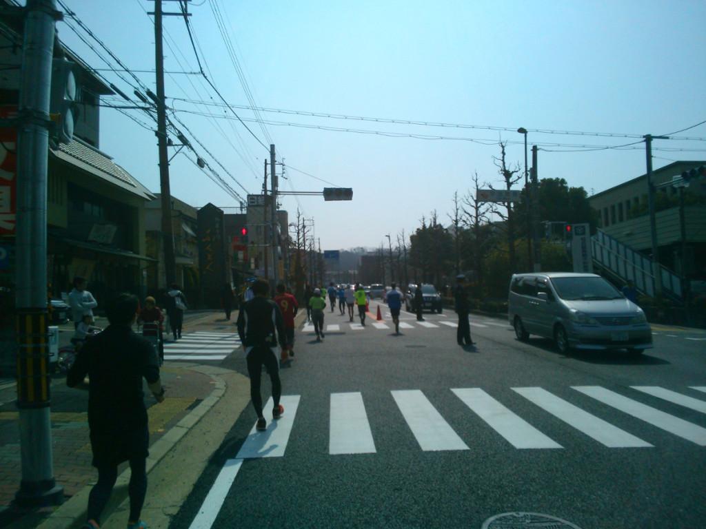 市役所前の坂道