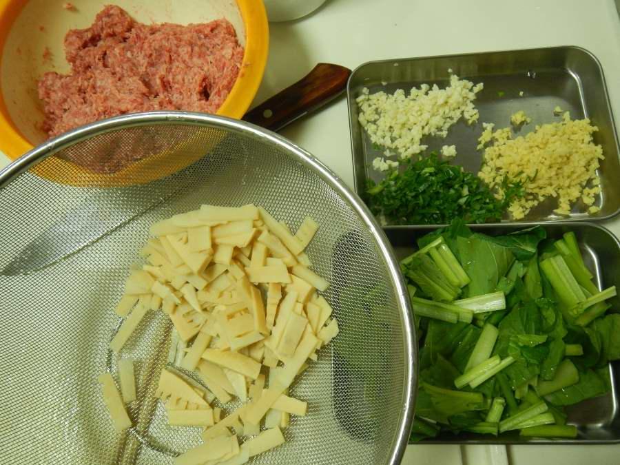 担々麺の素材