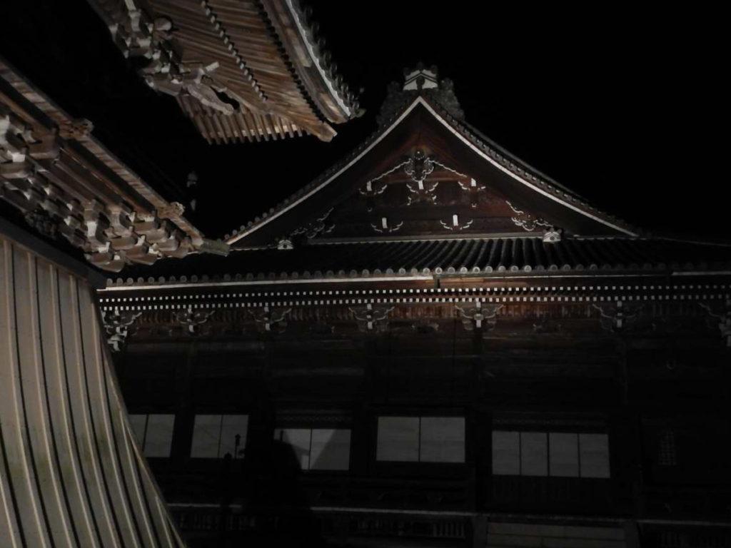 西教寺ライトアップ2