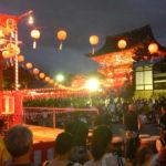 伏見稲荷の宵宮祭、提灯ステキ、盆踊りハッピー。