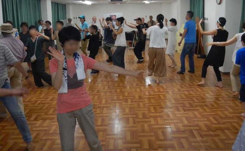 ドッコイサノセー!錦林盆踊りの練習会、志賀国天寿師匠に学ぶ
