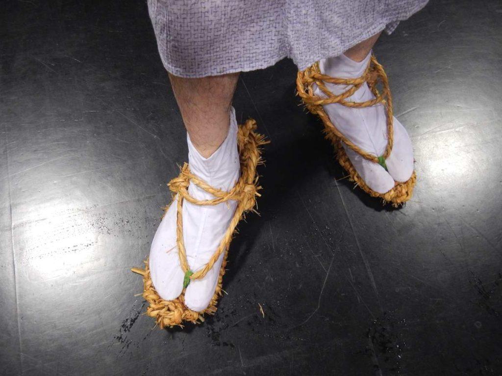 草鞋で江州音頭
