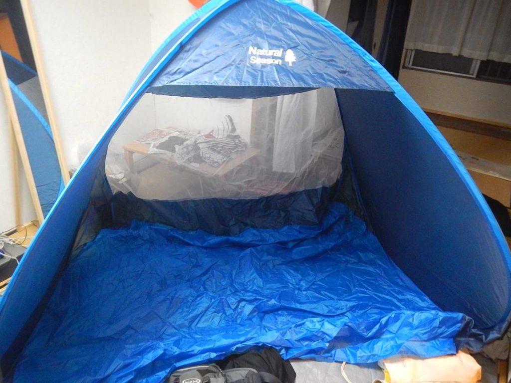 日よけ型のテント