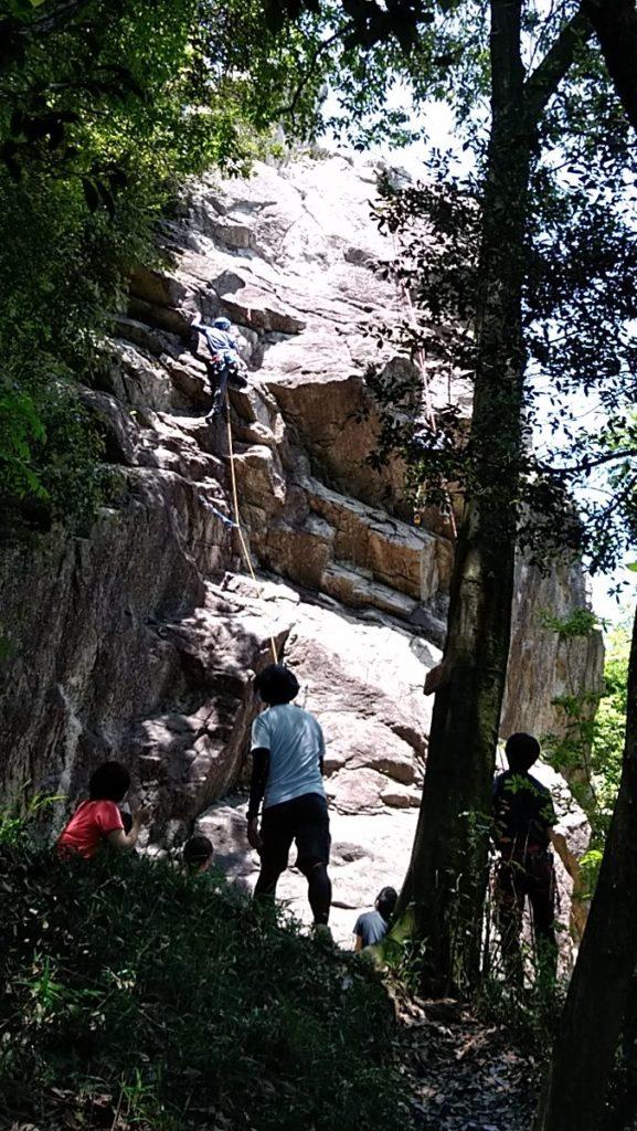 千石岩クライミング